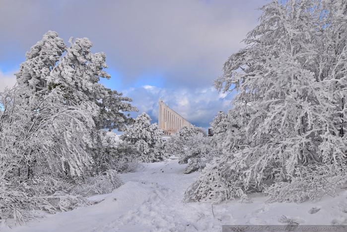 ай-петри зимой фото 3 (700x467, 322Kb)