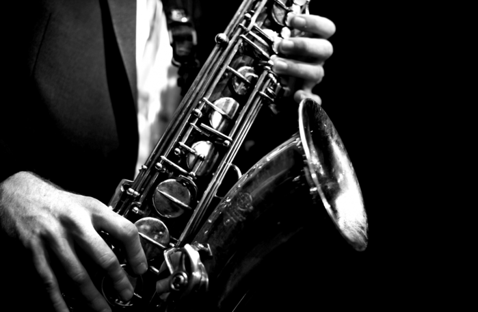 1827016_cannonballsaxophonewallpaperphone (700x456, 127Kb)