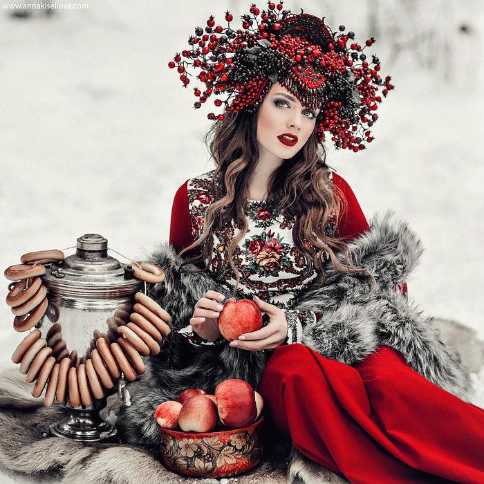 Анна Конофалова-1а (700x700, 148Kb)