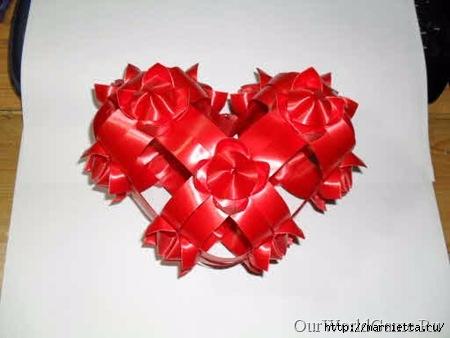 Объемные сердца из атласных лент (8) (450x338, 77Kb)