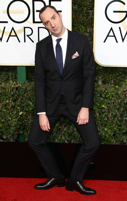 FFN_RIJ_GOLDEN_GLOBES_SET4_010817_52277049-1483984489 (443x700, 354Kb)