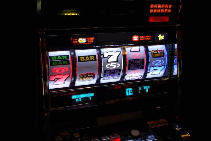 игровые автоматы/3875377_1 (700x468, 163Kb)