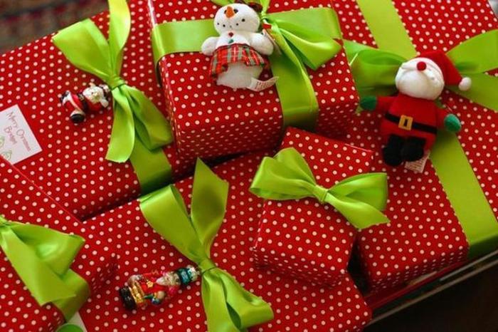 Оформление подарков детям своими руками