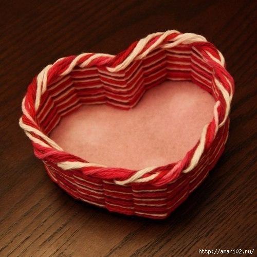 корзинка-сердце из пряжи(500x500, 137Kb)