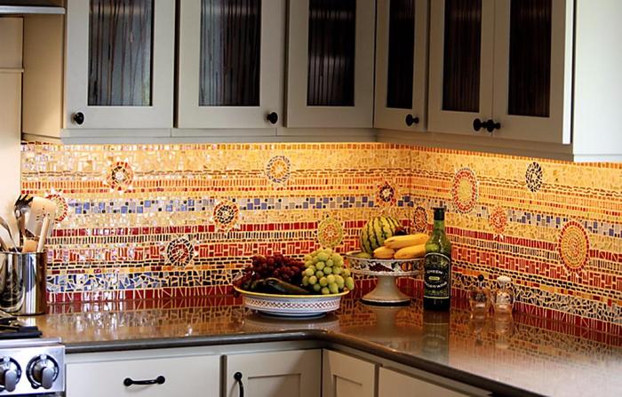 декоративная мозаика в интерьере 7 (700x447, 416Kb)