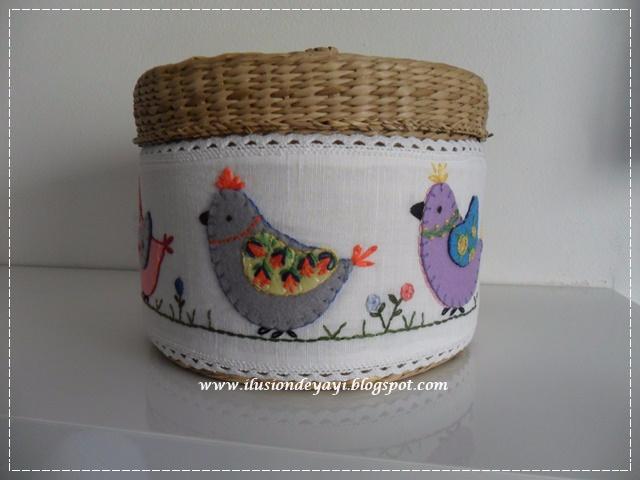 布艺+刺绣装饰的收纳盒 - maomao - 我随心动