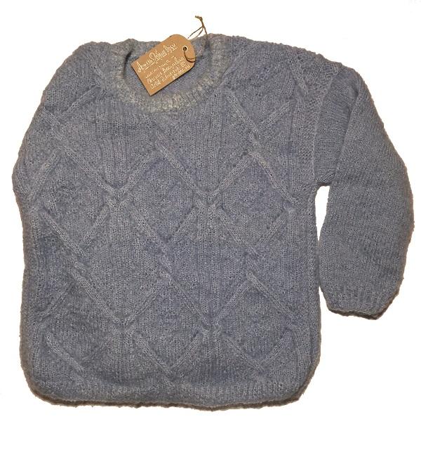 Теплый свитер из мохера ручной работы