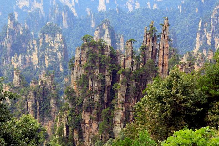 4. Чжанцзяцзе, Китай (700x466, 505Kb)