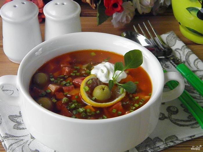 Вкусная солянка с колбасой/5281519_solyanka_klassicheskaya252125 (700x525, 271Kb)