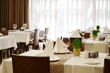 restoran-voyager (357x239, 53Kb)
