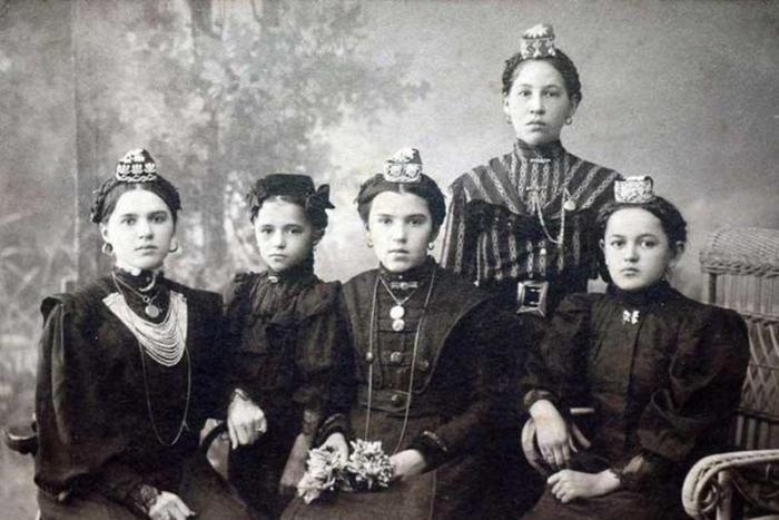 Женщины самых красивых народов России