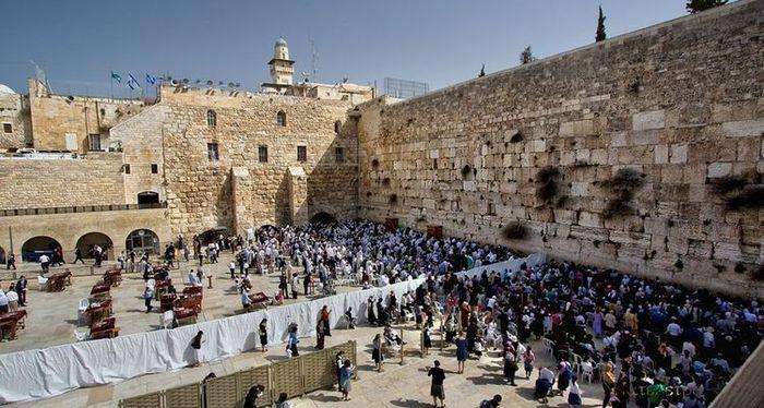Стена плача в Израиле/3241858_stena1 (700x374, 78Kb)