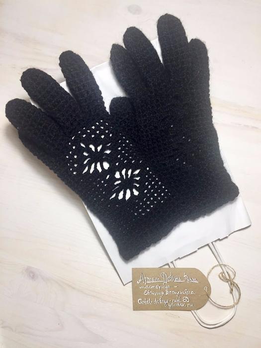 Перчатки из натуральной шерсти для девушек