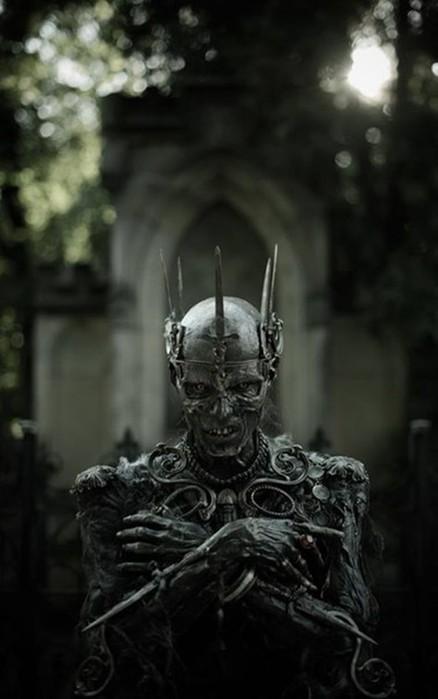 Почему Кощей Бессмертный всемогущий властелин?