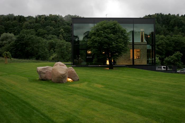современый стеклянный дом фото 3 (700x466, 370Kb)