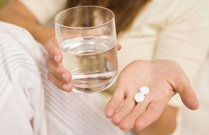 запивать лекарства