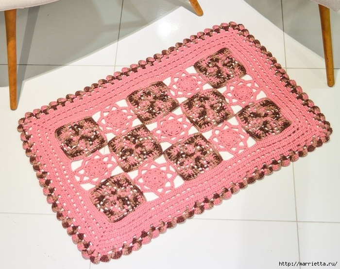 Крючком. Розовый коврик из мотивов (2) (700x553, 318Kb)