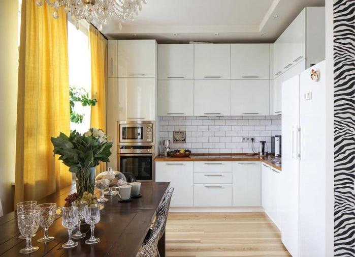 Желтые-шторы-в-интерьере-кухни-3 (700x505, 288Kb)