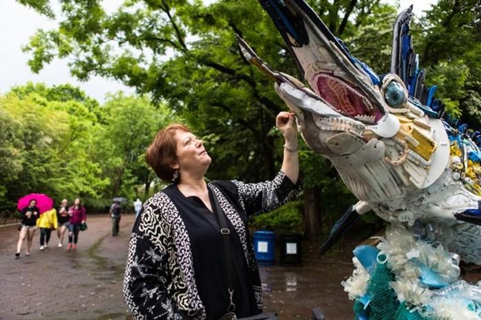 Трэш арт: пластиковый мусор для искусства