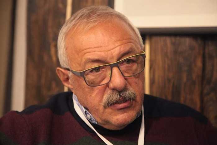17 февраля в Петербурге скоропостижно умер Александр Гутман,  режиссёр документального кино (700x466, 19Kb)