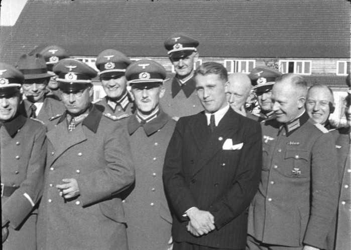 Вернер фон Браун - бывший офицер SS, создатель NASA
