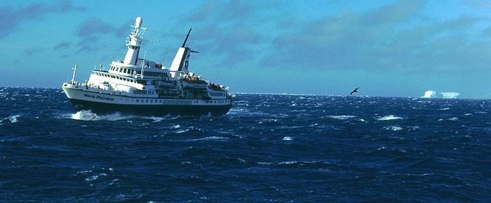 Drake Passage ship (700x289, 74Kb)