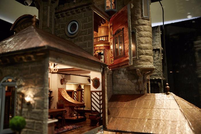 замок Astolat Dollhouse фото 10 (700x466, 375Kb)
