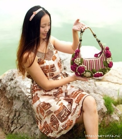 Крючком. Весенняя сумочка с цветами (23) (419x478, 142Kb)