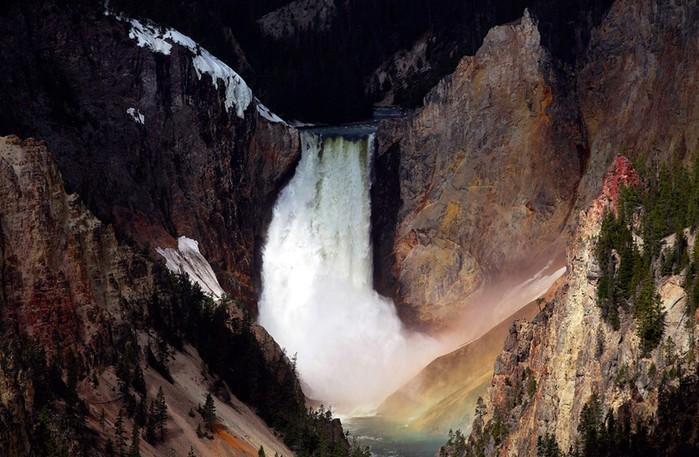 Йеллоустоун: самые уникальные достопримечательности Национального парка США
