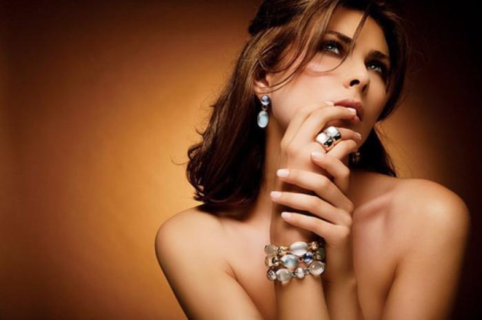 "alt=""Элитная  бижутерия в интернет-магазине Jewellery Bazar""/2835299_Iziskannaya_bijyteriya_v_internetmagazine_Jewellery_Bazar1 (700x465, 359Kb)"