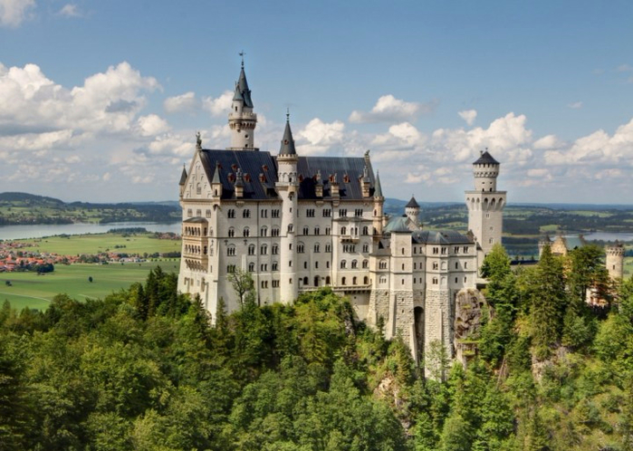 2. Замок Нойшванштайн, Бавария, Германия (700x498, 396Kb)