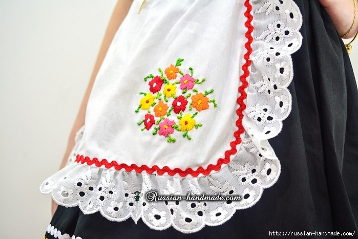 Для утренника. Платье для девочки «Немецкий Октоберфест» (3) (700x467, 232Kb)