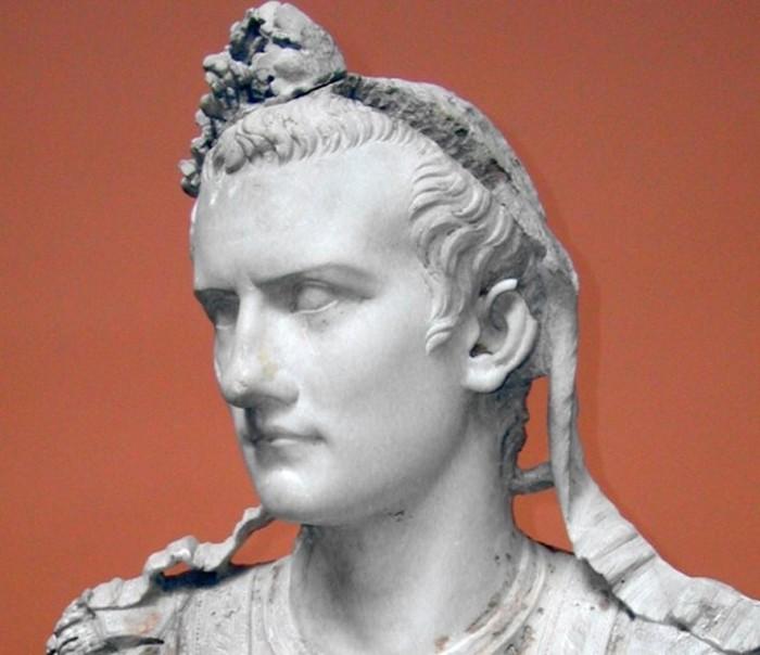 Настоящая история императора Калигулы: каким был этот «правитель-чудовище»?