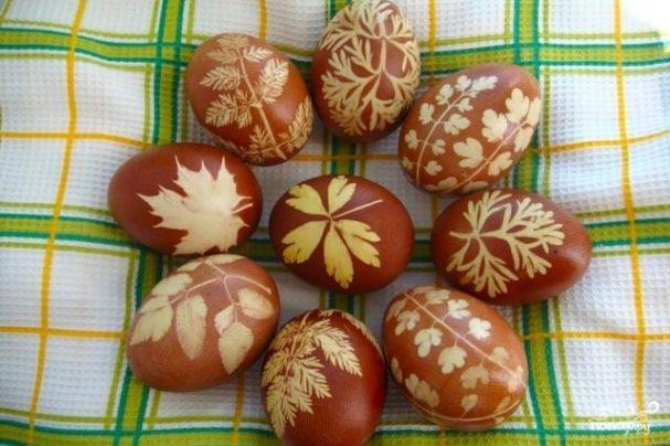Крашеные яйца на Пасху/5281519_pashalnie_krashenie_yaica52436 (607x404, 54Kb)