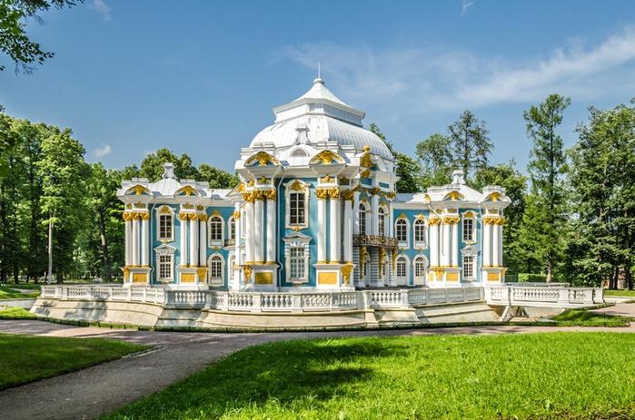 Hermitage_pavilion_in_Tsarskoe_Selo_01 (700x463, 437Kb)