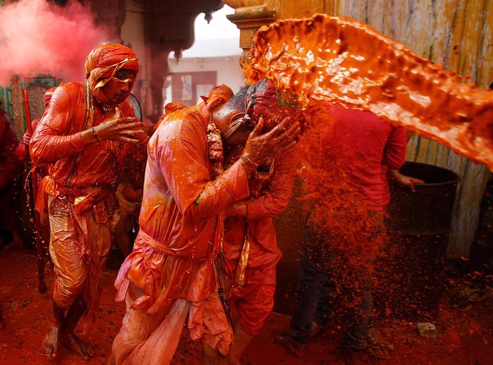 праздник холи в индии 10 (700x518, 575Kb)