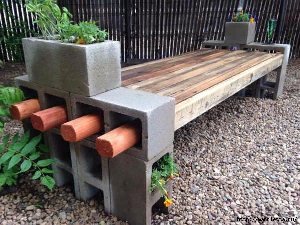 Для сада. Скамейки из блоков и досок (13) (600x450, 186Kb)