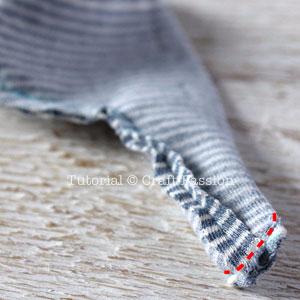 Шьем игрушки из носков - СЛОНИКИ (9) (300x300, 73Kb)