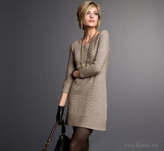 Платья вязаные спицами модные эксклюзив схемы косами