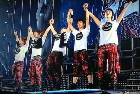 KAT-TUN 1579-2-1 We are KAT-TUN (468x314, 40Kb)