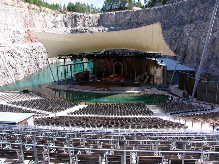 театр Дальхалла в швеции 4 (700x525, 629Kb)