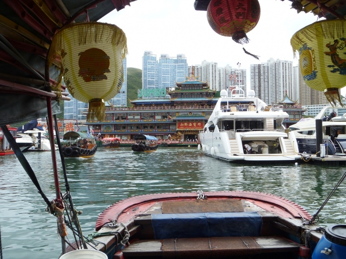 3364688_42_honkong_floatingrestaraunt (700x525, 314Kb)