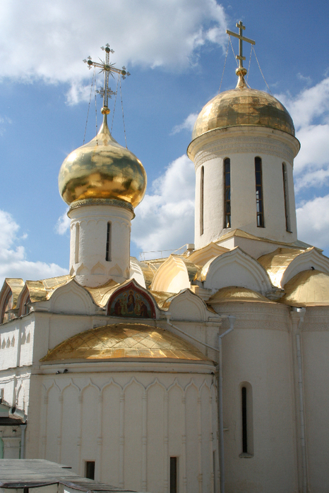The_Trinity_Cathedral_Troitse_Sergiyeva_Lavra (466x700, 402Kb)