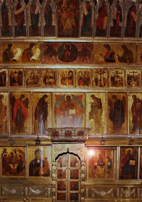 Main_iconostasis_of_Trinity_Cathedral_in_Sergiev_Posad_(2010s) (492x700, 473Kb)