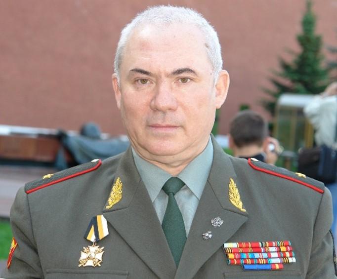Мнение генерала: Наша армия   с приставкой без