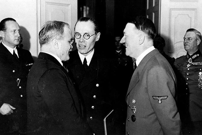 Зачем Молотов встречался с Гитлером перед войной