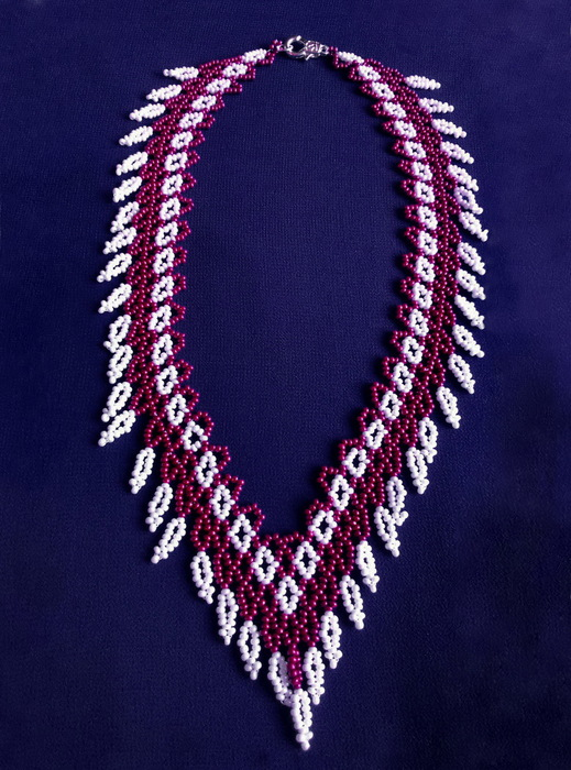 free-beaded-necklace-tutorial-beading-pattern-pearls-1-1 (519x700, 156Kb)