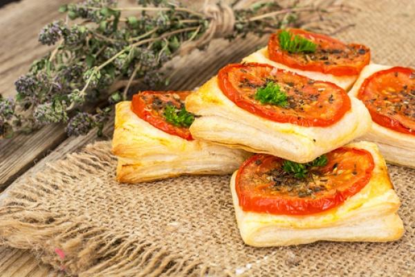 sloyki-s-pomidorami-i-sirom-1855-67906 (600x400, 136Kb)