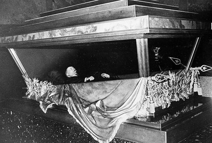Городские легенды! Почему Ленина до сих пор не похоронили