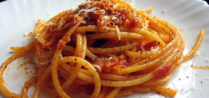 спагетти фото/3185107_spagetti_na_derevyah (700x329, 48Kb)